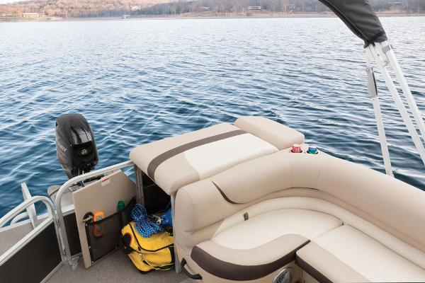 2016 Sun Tracker boat for sale, model of the boat is Party Barge 20 DLX & Image # 72 of 74