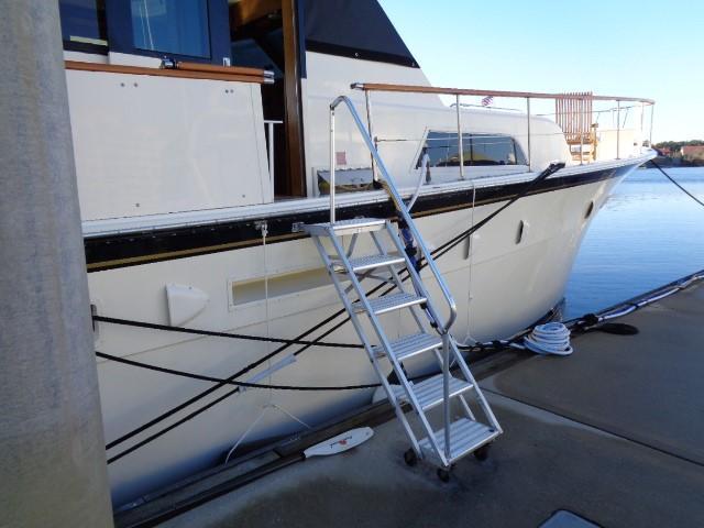 Hatteras 53 Motor Yacht - Photo: #5