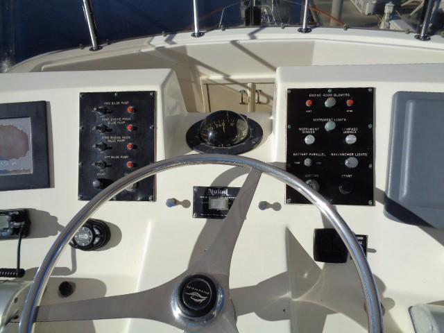 Hatteras 53 Motor Yacht - Photo: #8