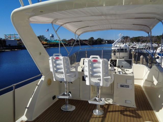 Hatteras 53 Motor Yacht - Photo: #9