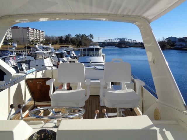 Hatteras 53 Motor Yacht - Photo: #11