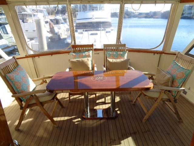 Hatteras 53 Motor Yacht - Photo: #17