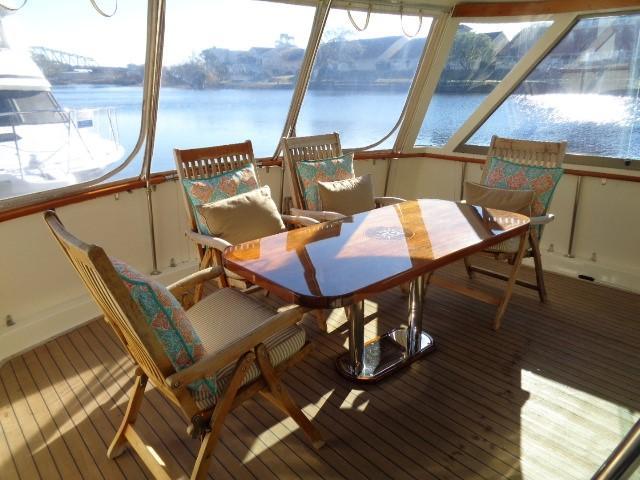 Hatteras 53 Motor Yacht - Photo: #18