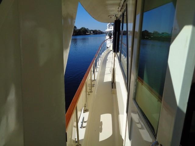 Hatteras 53 Motor Yacht - Photo: #23