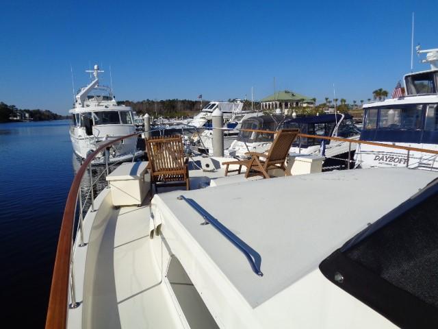 Hatteras 53 Motor Yacht - Photo: #25