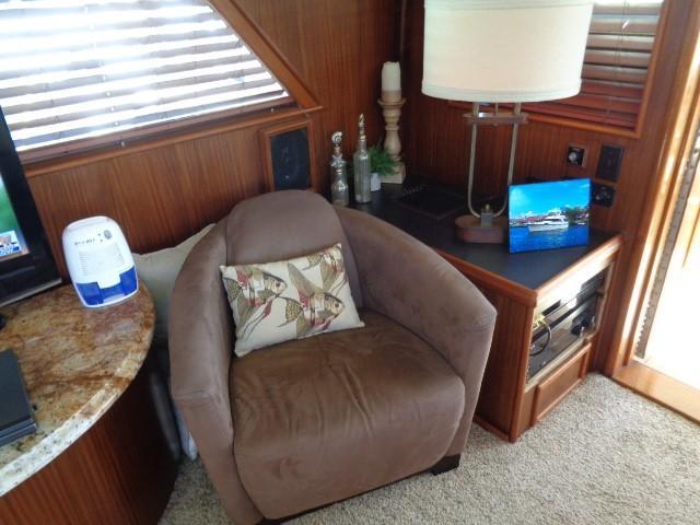 Hatteras 53 Motor Yacht - Photo: #31
