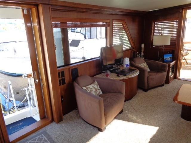 Hatteras 53 Motor Yacht - Photo: #36