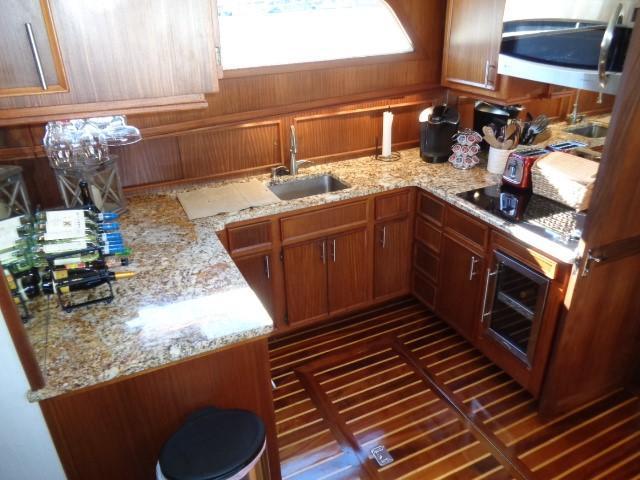 Hatteras 53 Motor Yacht - Photo: #47