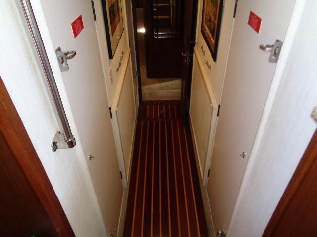 Hatteras 53 Motor Yacht - Photo: #60