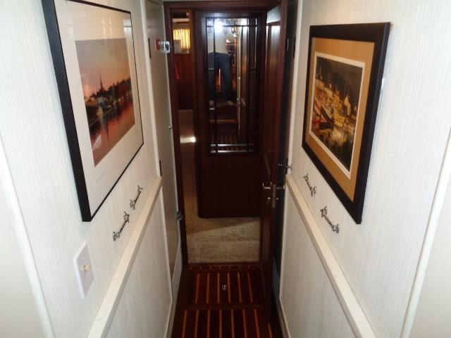 Hatteras 53 Motor Yacht - Photo: #61