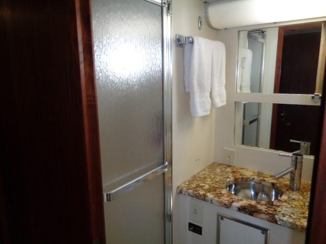 Hatteras 53 Motor Yacht - Photo: #67