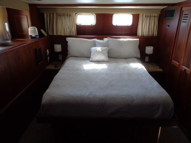 Hatteras 53 Motor Yacht - Photo: #68