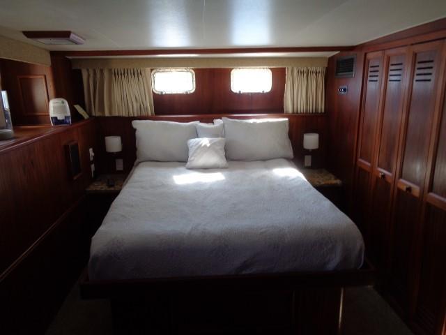 Hatteras 53 Motor Yacht - Photo: #69