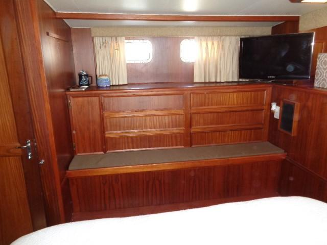 Hatteras 53 Motor Yacht - Photo: #74