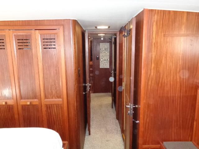 Hatteras 53 Motor Yacht - Photo: #76