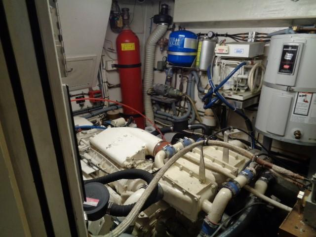 Hatteras 53 Motor Yacht - Photo: #77