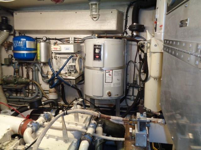 Hatteras 53 Motor Yacht - Photo: #78