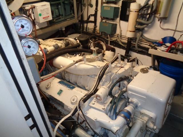 Hatteras 53 Motor Yacht - Photo: #83