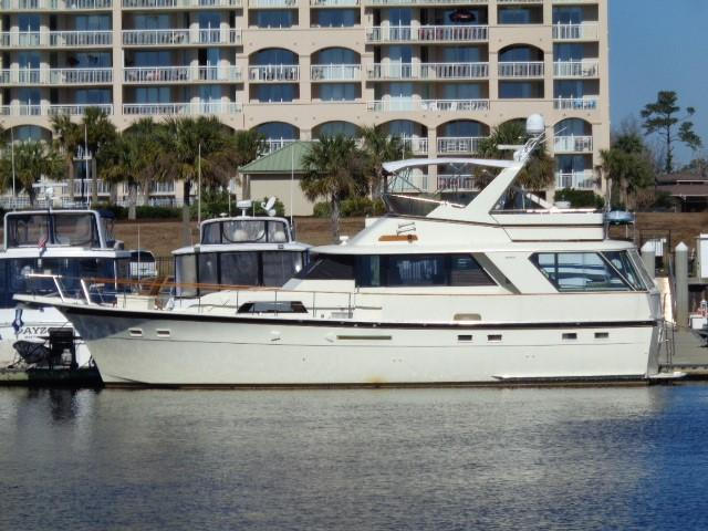 Hatteras 53 Motor Yacht - Port View