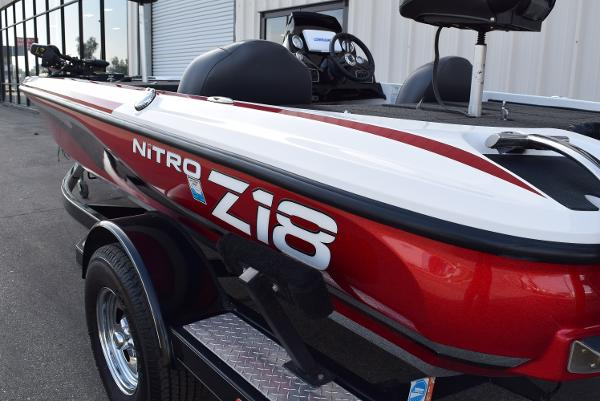 2016 Nitro boat for sale, model of the boat is Z18 & Image # 4 of 18