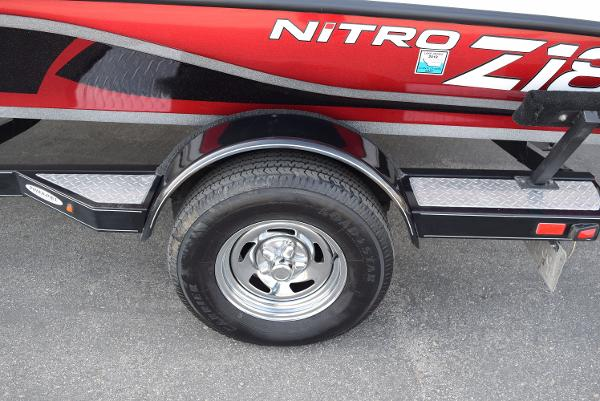 2016 Nitro boat for sale, model of the boat is Z18 & Image # 5 of 18