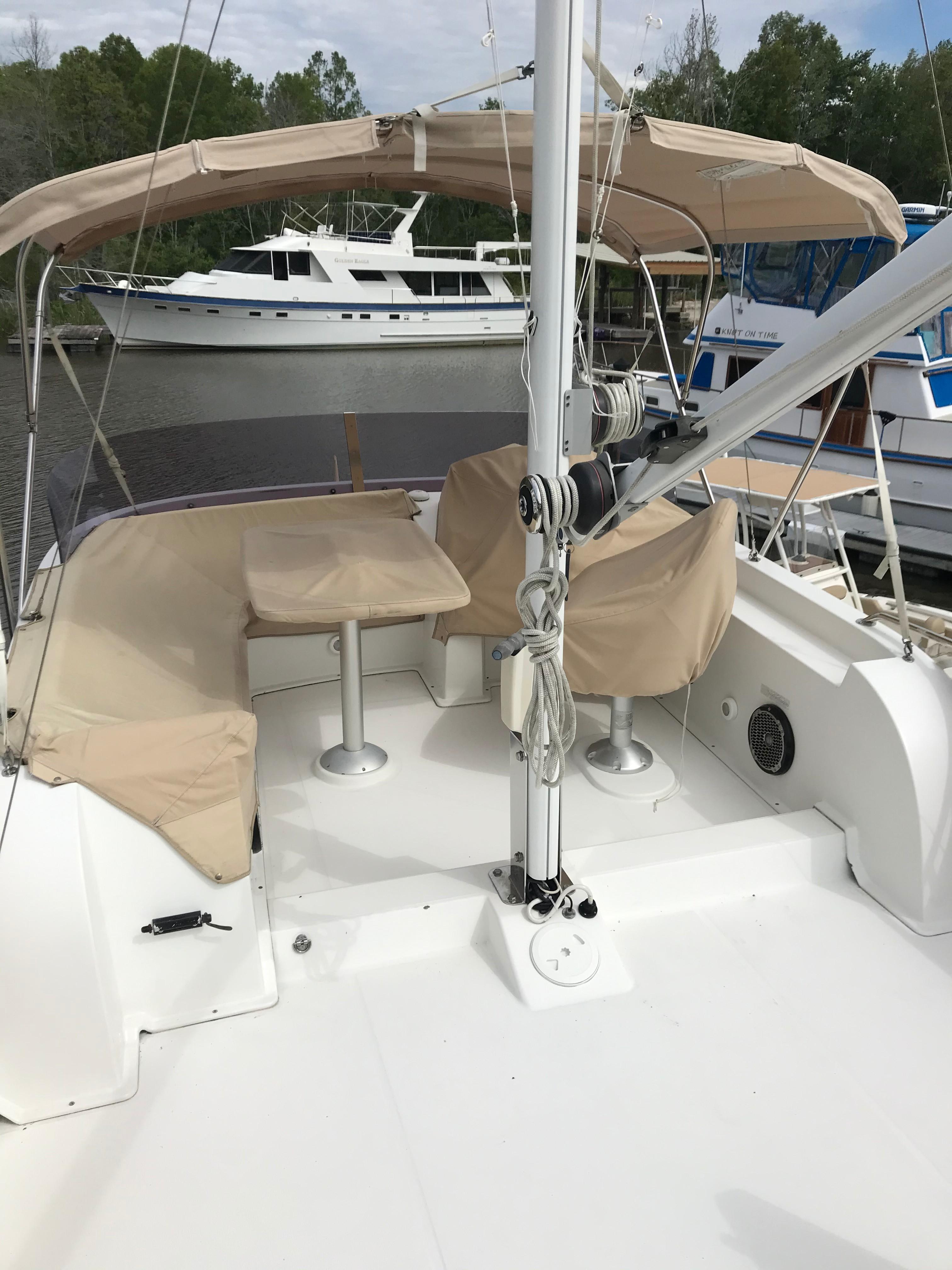 Beneteau 34 Swift Trawler - Flybridge - Custom Sunbrella Covers/Mast/Boom
