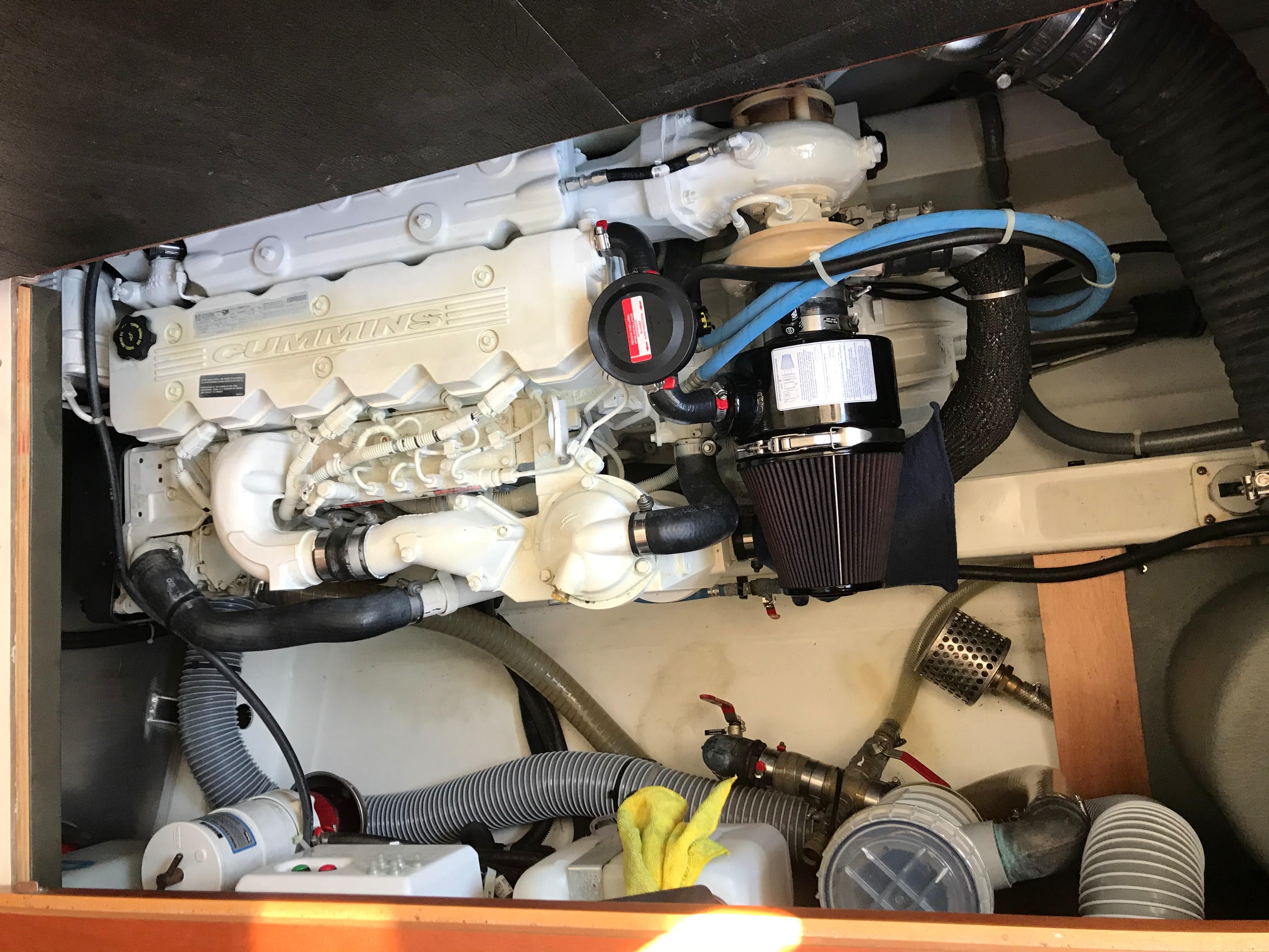 Beneteau 34 Swift Trawler - Cummins Diesel