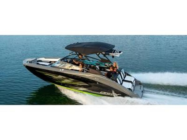 2021 Yamaha boat for sale, model of the boat is 255XD & Image # 1 of 1