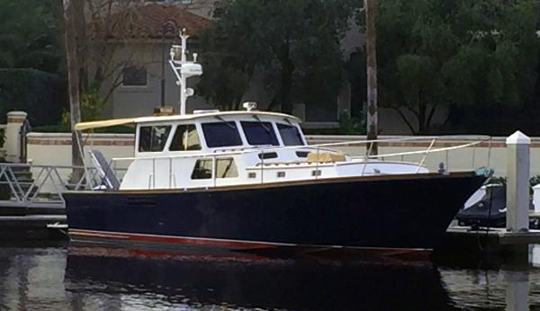 Used Hunt Yachts for Sale | HMY Yacht Sales