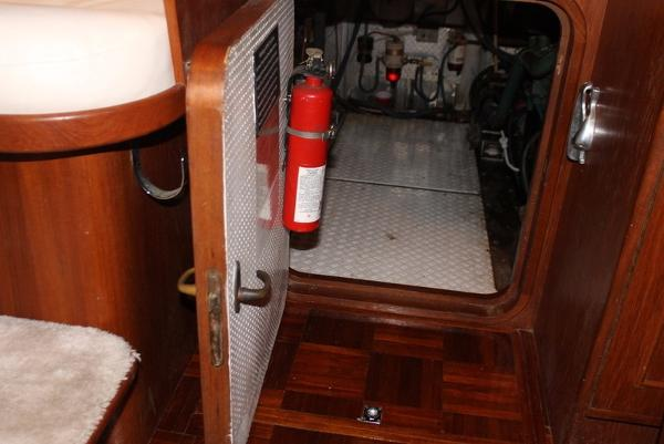1989 Neptunus boat for sale, model of the boat is 49ft Aft Cabin & Image # 66 of 142