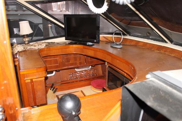 1989 Neptunus boat for sale, model of the boat is 49ft Aft Cabin & Image # 130 of 142