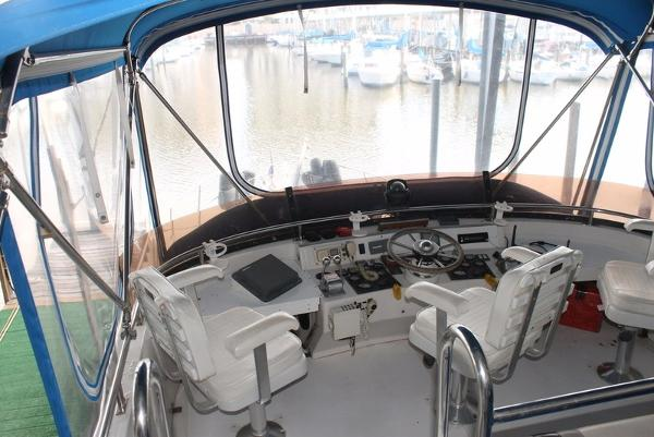 1989 Neptunus boat for sale, model of the boat is 49ft Aft Cabin & Image # 131 of 142