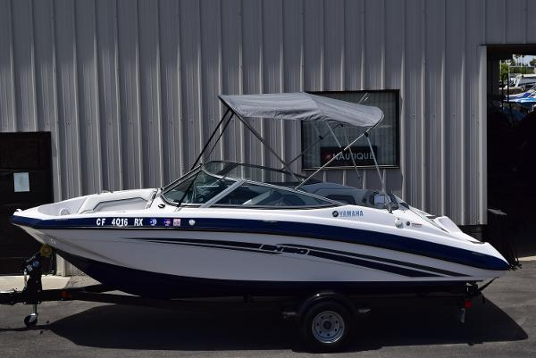 2017 Yamaha boat for sale, model of the boat is SX190 & Image # 1 of 15