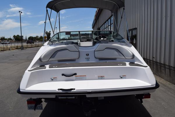 2017 Yamaha boat for sale, model of the boat is SX190 & Image # 5 of 15