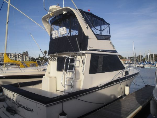 Picture Of:  35' Californian Convertible 1985Yacht For Sale | 26