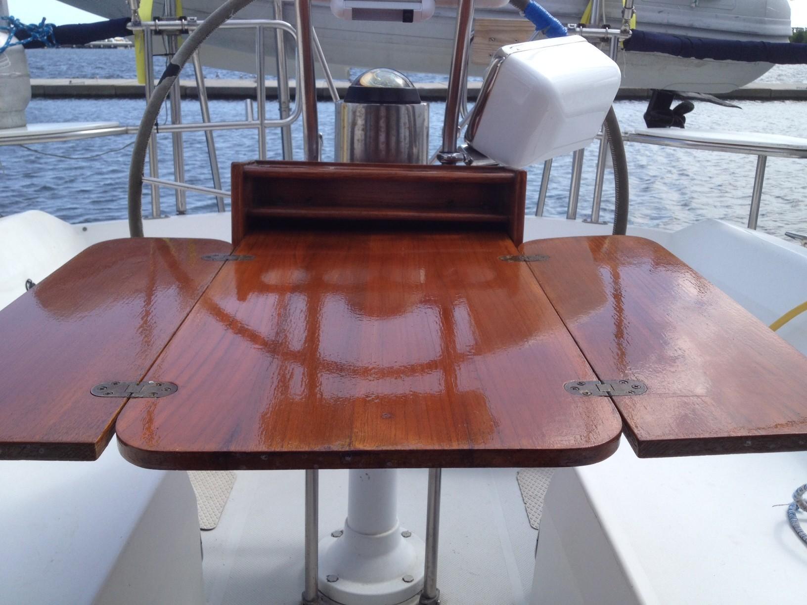 Cockpit Table Open