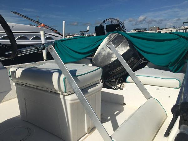 1997 Hydra-Sports boat for sale, model of the boat is 16cc & Image # 3 of 8