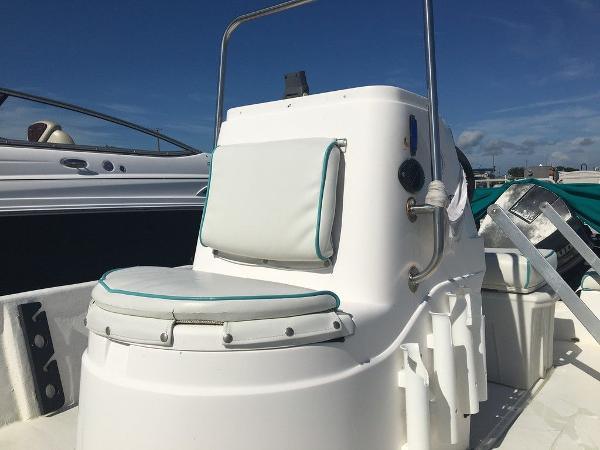 1997 Hydra-Sports boat for sale, model of the boat is 16cc & Image # 4 of 8