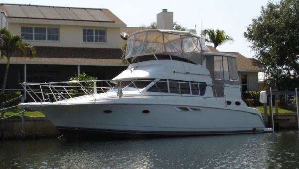 Silverton 442 Motor Yachts. Listing Number: M-3577190 44' Silverton 442