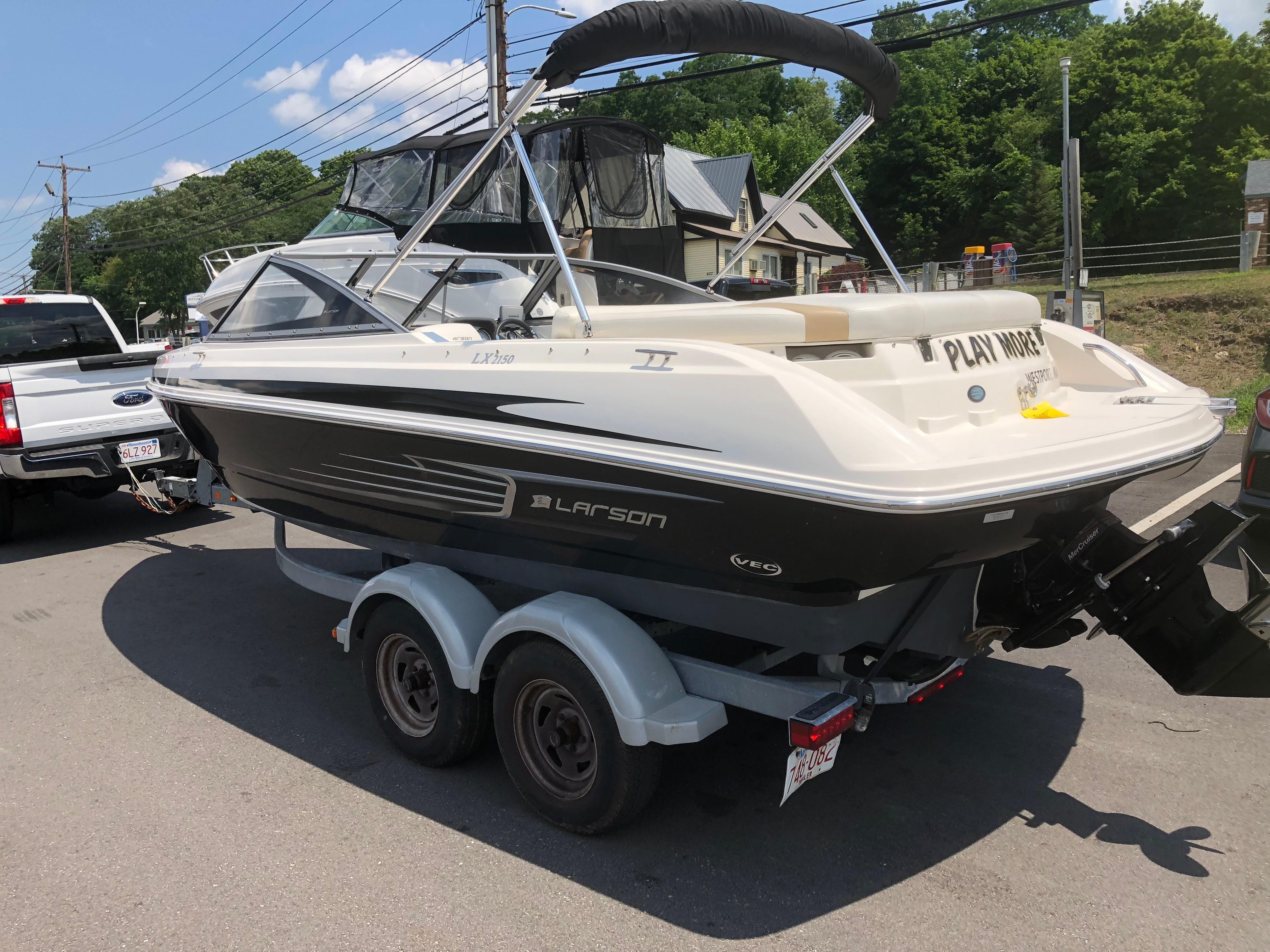 2012 LARSON LX 2150 for sale