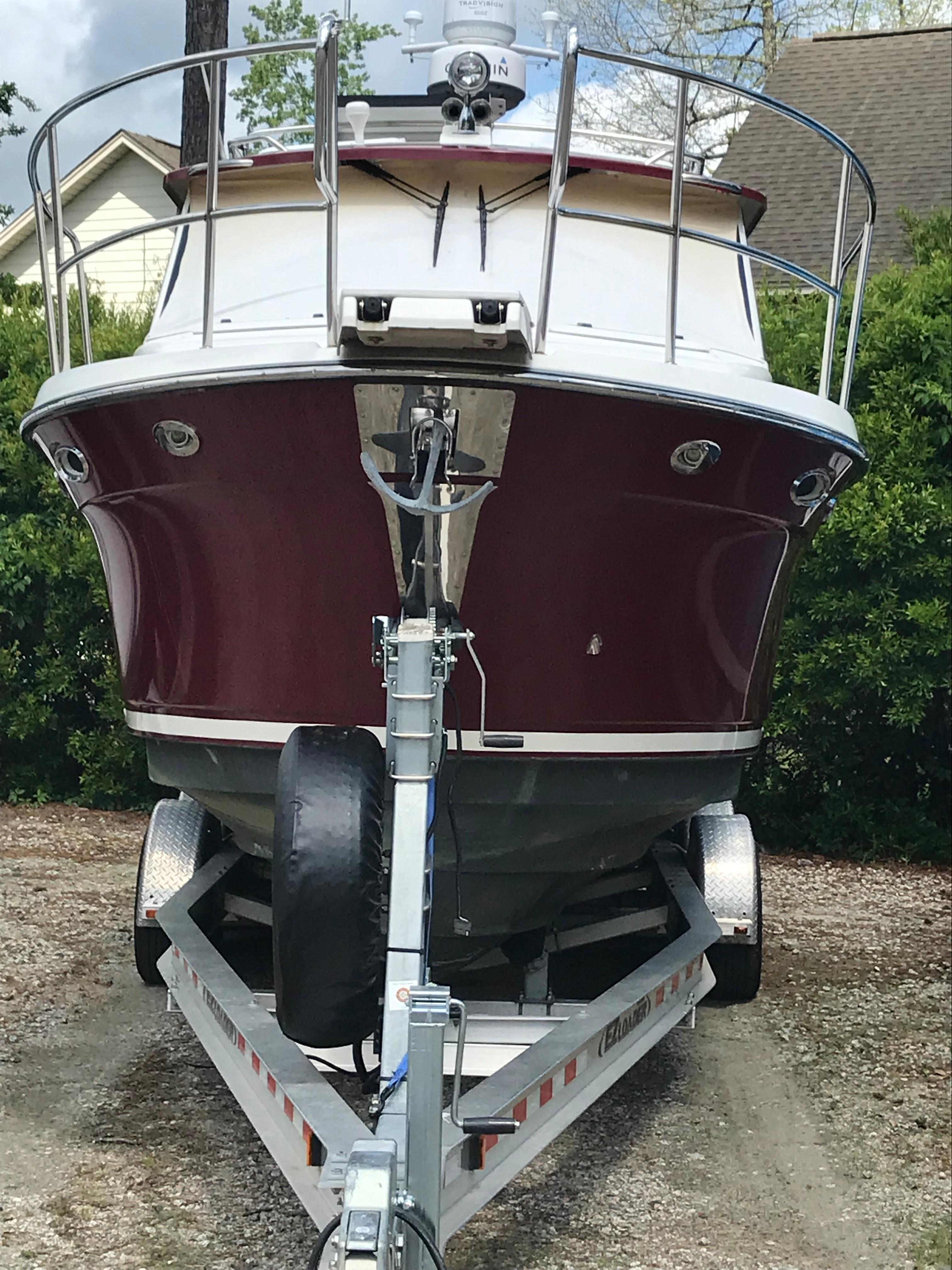 Cutwater C-28 - Bow Shot on Trailer