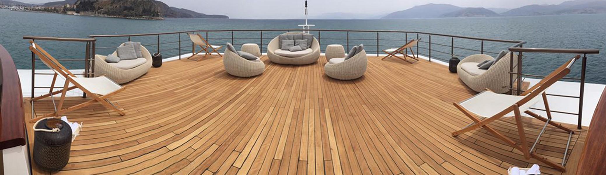 Vast deck space