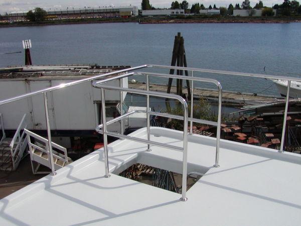 55' Power Cat Mycat Boat Deck2