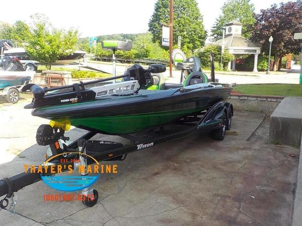 2019 Triton boat for sale, model of the boat is 20TRX Patriot & Image # 16 of 52