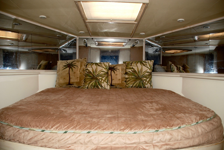 VIP Stateroom Forward