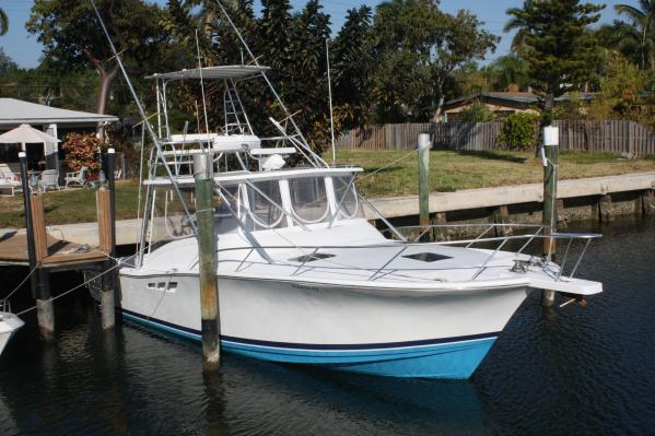 Luhrs Convertible Sports Fishing Boats. Listing Number: M-3837226
