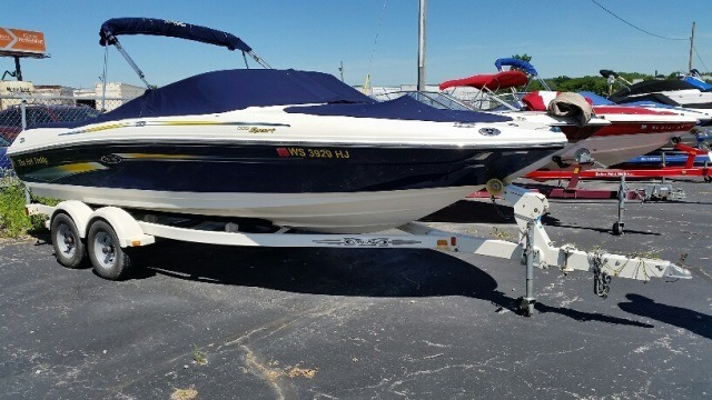 <a href='//www.boatbuys.com/2006-sea-ray-205-sport-ss-for-sale-in-wisconsin_1914263'>2006 Sea Ray 205 SPORT/SS - $19,995 USD</a>