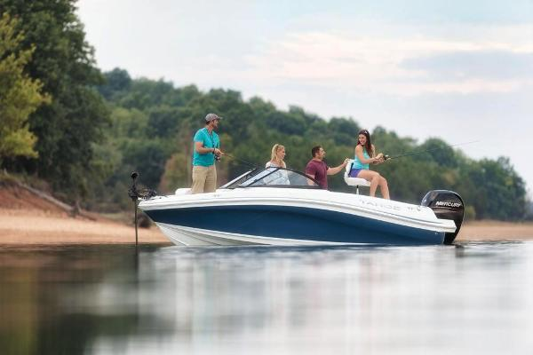 2018 Tahoe boat for sale, model of the boat is 450 TF & Image # 8 of 36