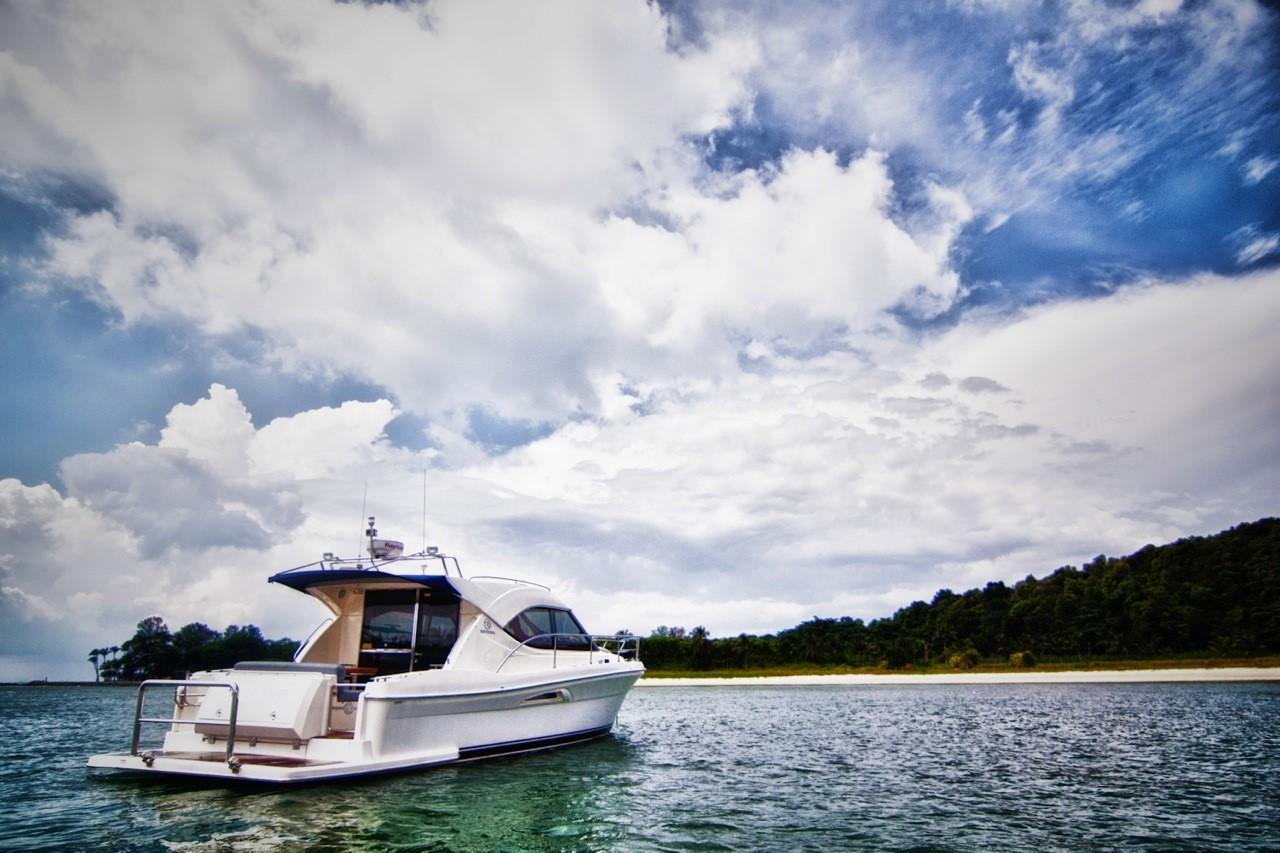 3600 Sport Yacht-19