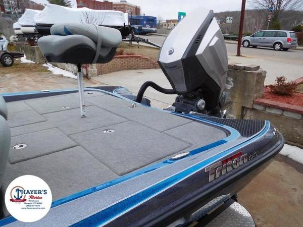2018 Triton boat for sale, model of the boat is 20 TRX & Image # 11 of 42